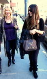 th_79406_celebrity-paradise.com-The_Elder-Brittny_Gastineau_2010-02-03_-_shopping_in_Beverly_Hills_580_122_134lo.jpg