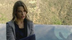 th_617509341_scnet_lucifer1x02_1439_122_