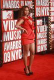 BEYONCE'S NIGHT AT MTV VMA '09 Th_94962_Beyonce_celebutopia_net_454_122_475lo