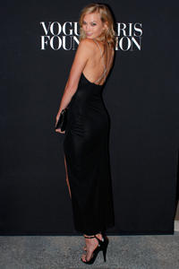 Karlie Kloss Vogue Foundation Gala 07-09-2014