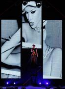 th_54887_RihannaLastGirlOnEarthTourLasVegasUSA17.07.2010_078_122_554lo.jpg